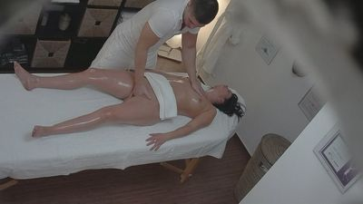 Fast download Czech massage